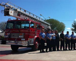 Donan máquina extintora a Bomberos de Mexicali