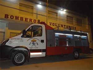 Bomberos Voluntarios de General La Madrid recibió una nueva unidad