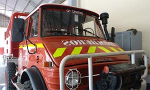 Bomberos Voluntarios de Palmira recibieron la donación de un camión por el Cuartel de Luján de Cuyo