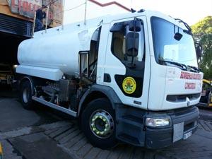 Bomberos Voluntarios de Concordia adquirió un nuevo camión cisterna