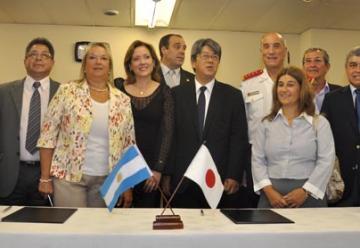Japón dona Autobombas a Bomberos Voluntarios de Argentina