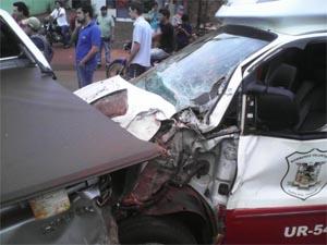 Choque cuádruple involucrando una ambulancia de los Bomberos de Santa Rita.