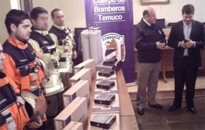 Bomberos de Temuco recibe modernos equipos de radiocomunicación