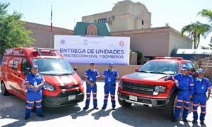 El alcalde Canturosas entrega cuatros móviles a Bomberos de Nuevo Laredo