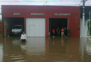 Inundación en Chañar Ladeado afecto hasta el cuartel de bomberos