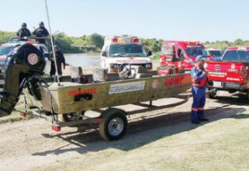 Entregan lancha a Bomberos de Nuevo Laredo