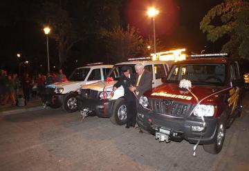 Bomberos de Nogales reciben 3 camionetas