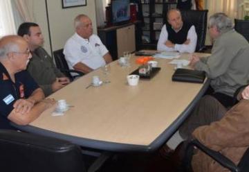 Bomberos Voluntarios de C. Rivadavia recibió un aporte económico de parte del municipio