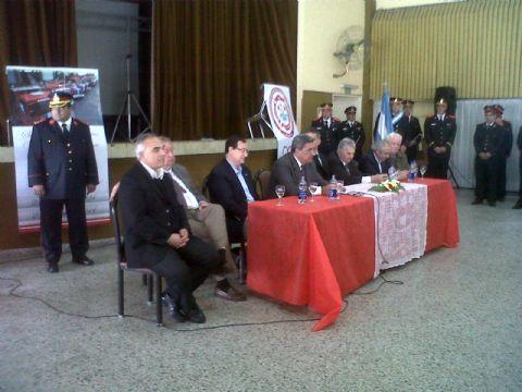 YPF firmó un acuerdo de colaboración con Bomberos Voluntarios de Berisso