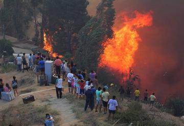 Un drone sobrevoló la zona de los incendios en Valparaíso