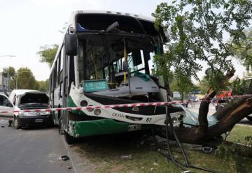 Chocó un colectivo en Villa Soldati: 50 heridos