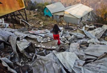 """Bomberos en Valparaíso aseguran que el incendio """"está extinguido"""""""
