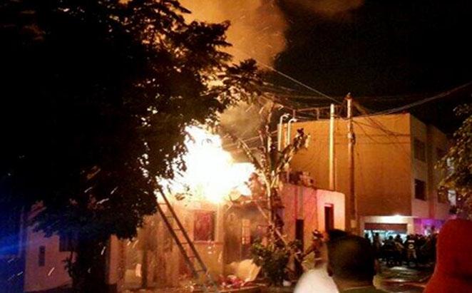 Voraz incendio se registra en una quinta de Barranco