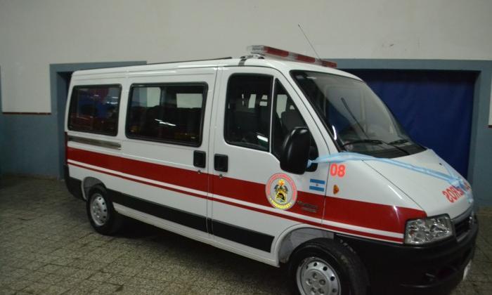 Bomberos Voluntarios de Tornquist presentaron un nuevo vehículo
