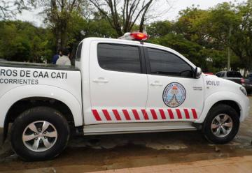 Nueva camioneta O km para los Bomberos Voluntarios de Caa Catí