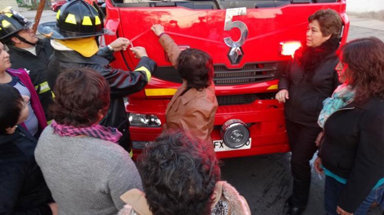 El cuerpo de Bomberos de San Joaquín inaugura nuevo carro bomba