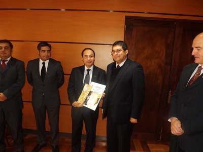 Bomberos Valparaíso reciben distinción del Servicio Nacional de Aduana