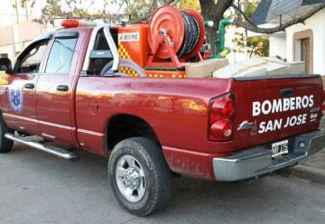 Bomberos recibieron equipamiento para combatir incendios forestales