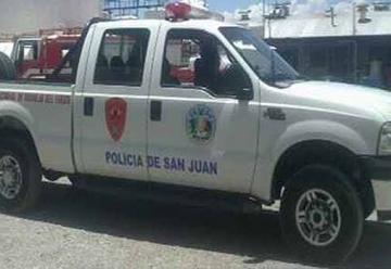 Una camioneta de Bomberos colisionó con un auto