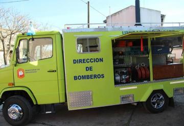 Bomberos de Lobería presento una nueva unidad de rescate