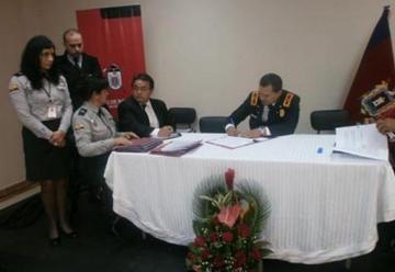 Bomberos de Portovelo recibió en donación una autobomba