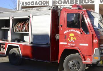 Autobomba de ataque rápido para los Bomberos de Rada Tilly