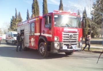 Nueva autobomba O km para los Bomberos de Plaza Huincul