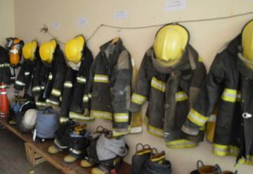 Magros recursos estatales para bomberos voluntarios