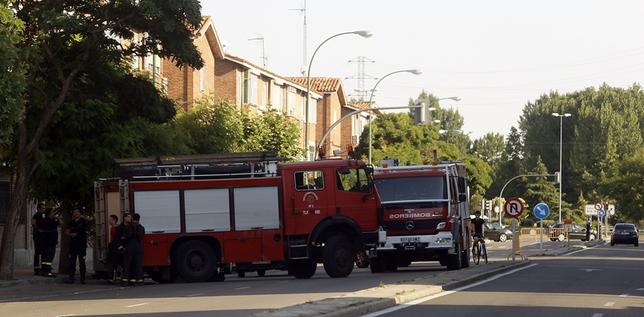 La avería de un camión de Bomberos que iba a apagar un incendio obliga a cortar avenida