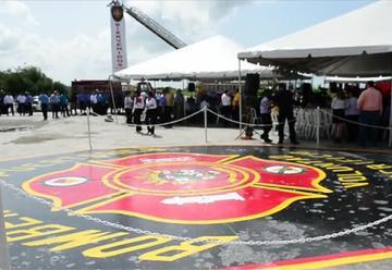 Inauguran centro de adiestramientos para bomberos