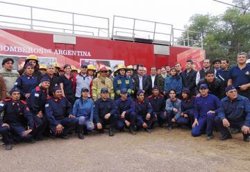 Bomberos Voluntarios del Chaco se capacitaron en Incendios Estructurales