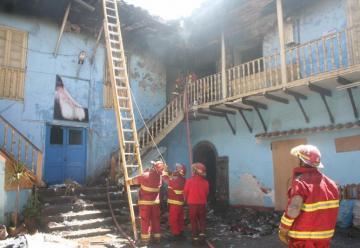 Continúa situación crítica para bomberos