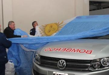 Inauguraron nuevas dependencias y se entregó una camioneta a Bomberos de Cnel Suarez