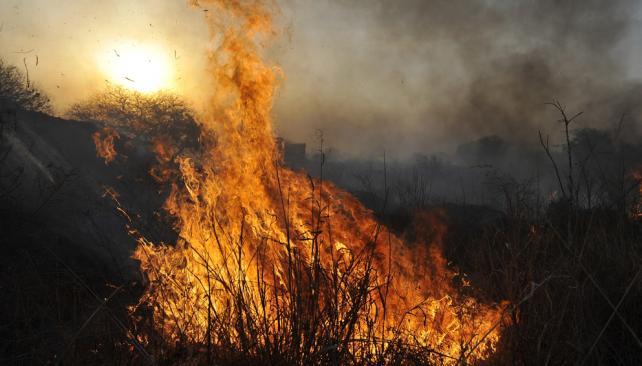 Apresan a bombero voluntario acusado de ser piromaníaco