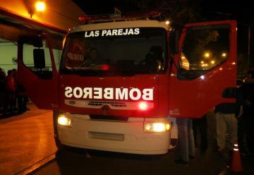 Bomberos Voluntarios de las Parejas presenta su nuevo camión de abastecimiento