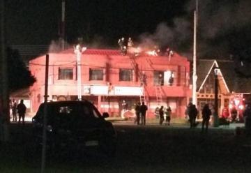 Incendio afecta a cuartel de Bomberos de Puerto Aysén