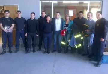 Bomberos de San Julián reciben trajes estructurales Nomex