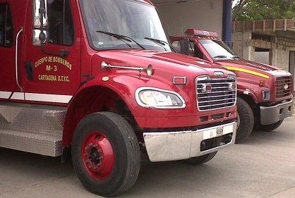 Asaltan a bomberos de Cartagena cuando iban a atender incendio