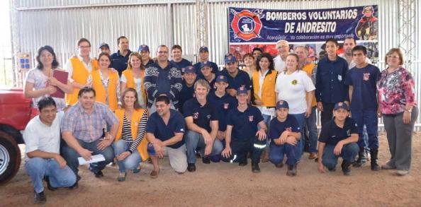 Solidaridad entre bomberos voluntarios de Andresito y el club de Leones
