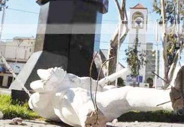 Tres detenidos por destrozar el Monumento a los Bomberos