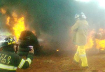 Siete aspirantes a bomberos sufren quemaduras durante practica