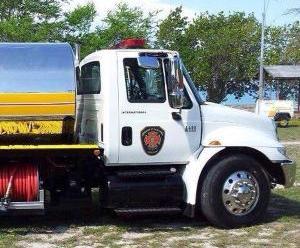 Bomberos investiga accidente con camión bomba en Carolina