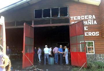 Municipio de Curacautín anuncia querella y el presidente de bomberos llega a la región