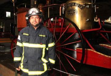 El bombero guayaquileño Montanero es sinónimo de héroe