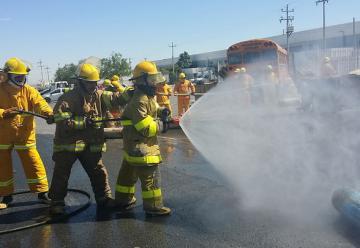 Profesionalizarán el oficio de bombero