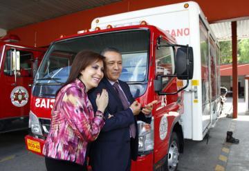 Bomberos de León inauguró sus nuevas oficinas