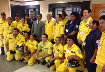 Celebran aprobación de presupuesto para bomberos