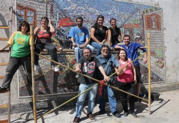 Realizan mural en Berisso en homenaje a Bomberos Voluntarios