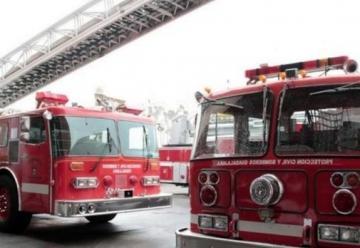 Llega unidad extintora de Bomberos a Hermosillo