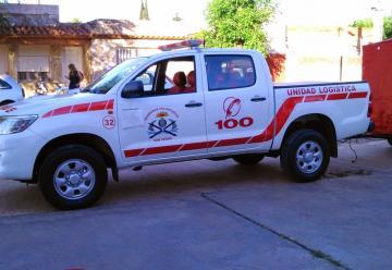 Bomberos de San pedro presentó una nueva camioneta y herramientas de rescate